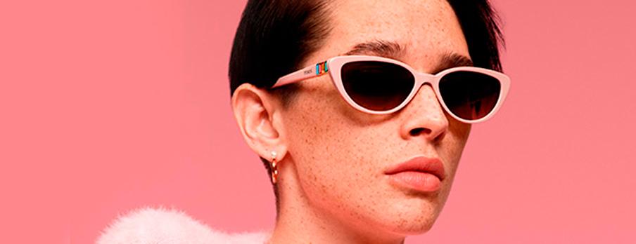 mujer-con-gafas-de-sol-tous